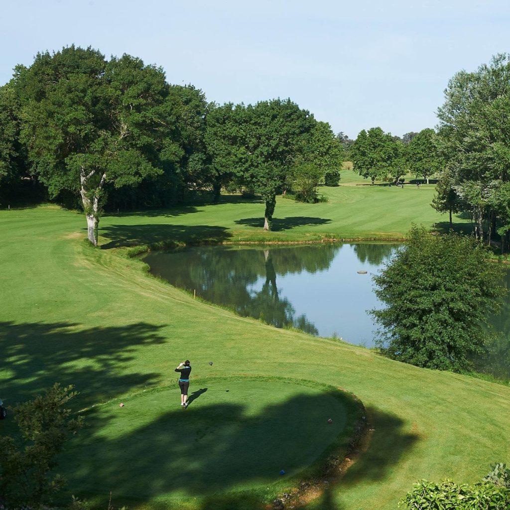 Green golfeur parcours de golf Saint Baume annuaire des golfs en France