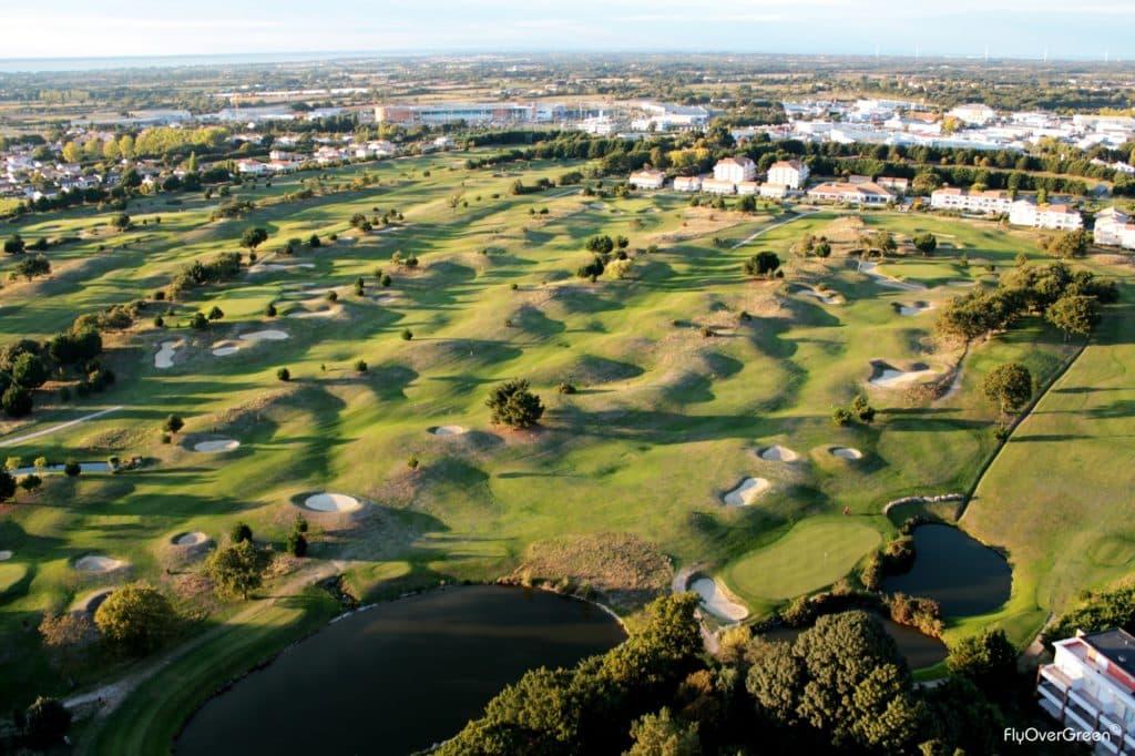 Golf De Pornic Vue aerienne du parcours de golf !8 trous