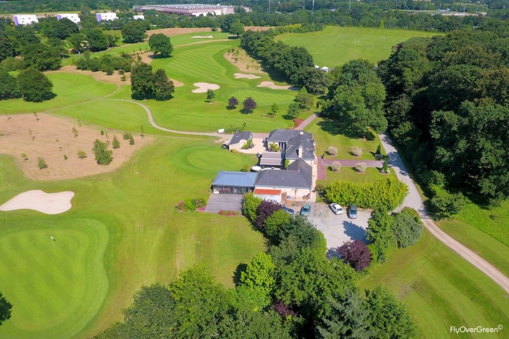 Golf de Nantes Carquefou - UGOLF - Vue aerienne du parcours et du Clubhouse