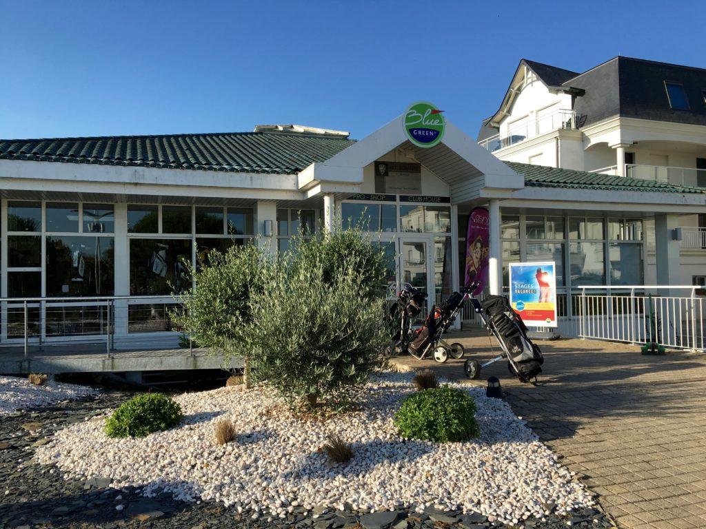 Golf-des-Fontenelles-Club-House-BlueGreen