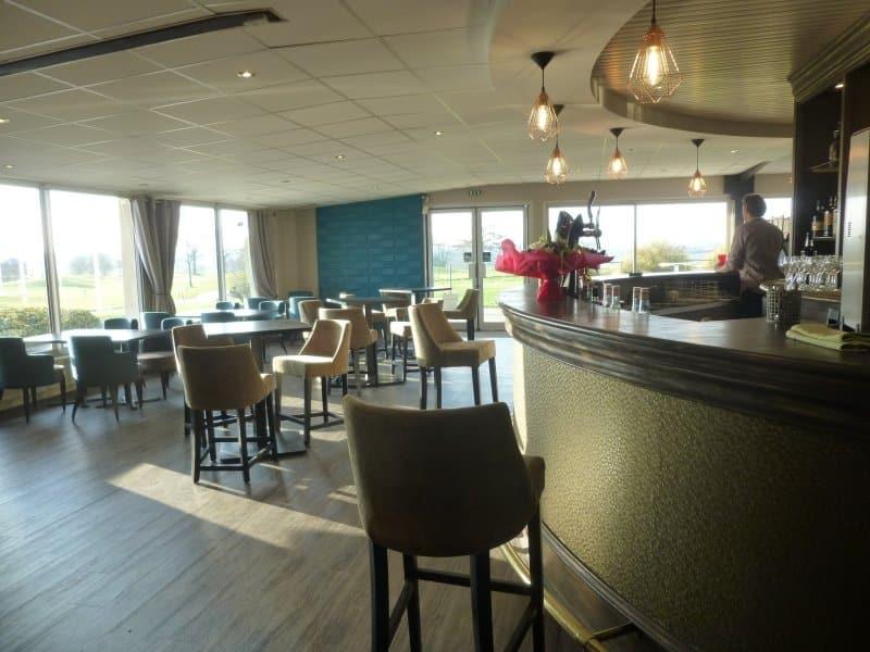 golf Mayenne restaurant