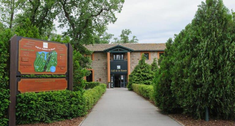 Club-House Golf de Toulouse la Ramée