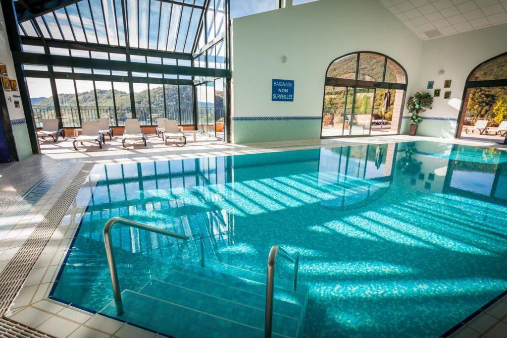 Domaine de Falgos Golf & Spa piscine hotel