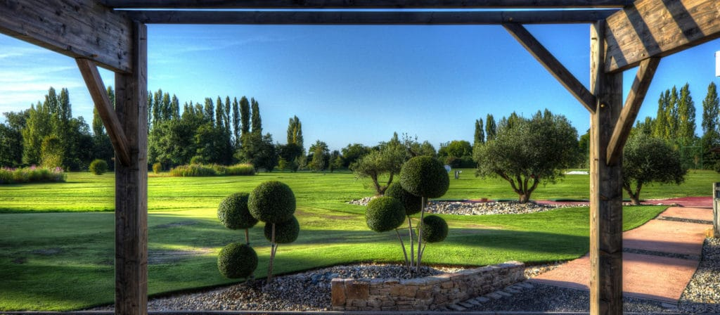 Golf Club d'Aiguelèze Vue sur le parcours de golf Jardinier golf