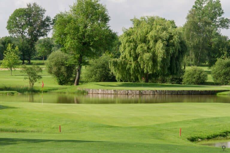Golf du clou parcours de golf Green Fairway