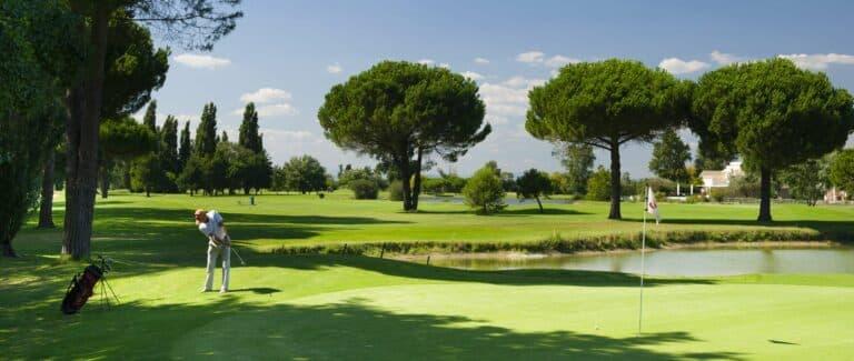 Golfeur Green Golf de La Grande Motte
