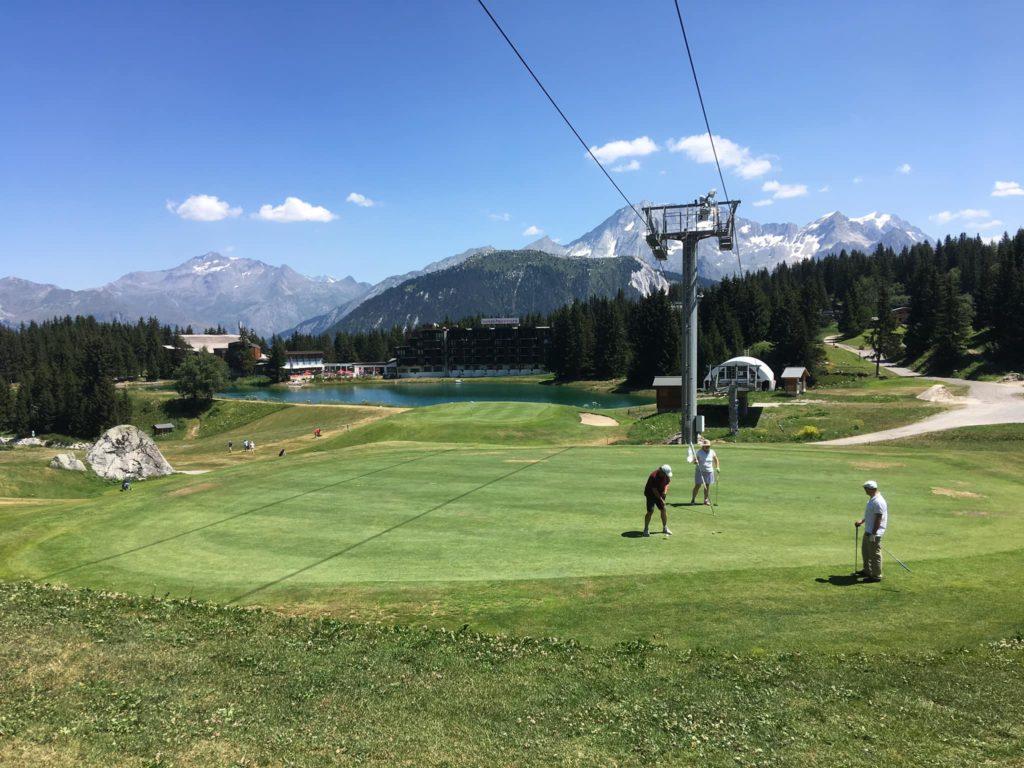 Green et golfeurs Tignes Montagne