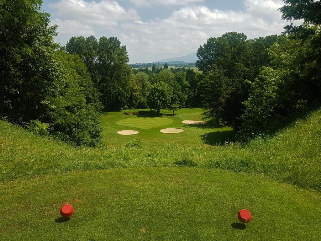 Le trou numéro 9 à Golf de Valence St Didier.