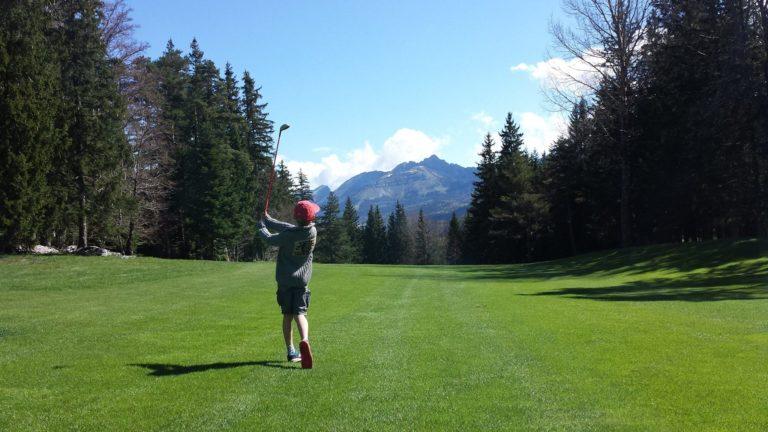 Parcours de Corrençon Joueur Junior golfeur