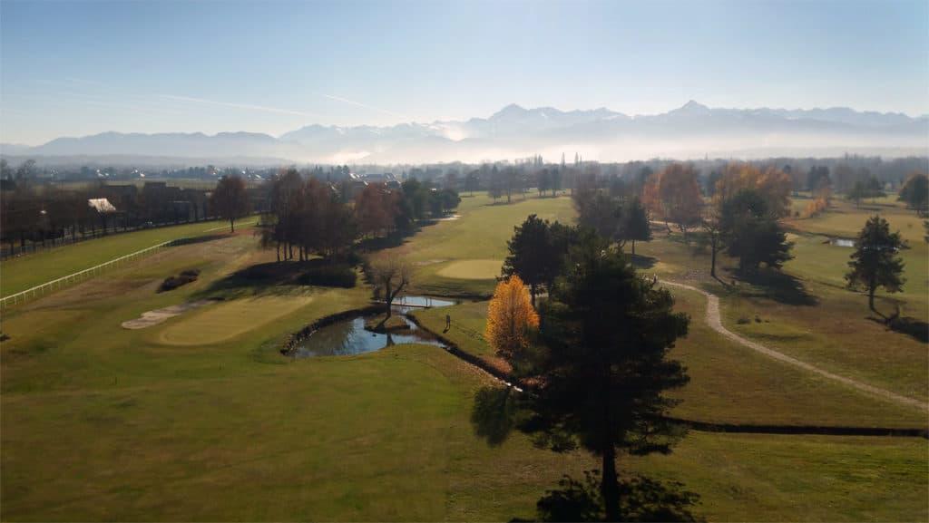 Parcours golf de l'Hippodrome de Laloubère golfeurs fairway Green