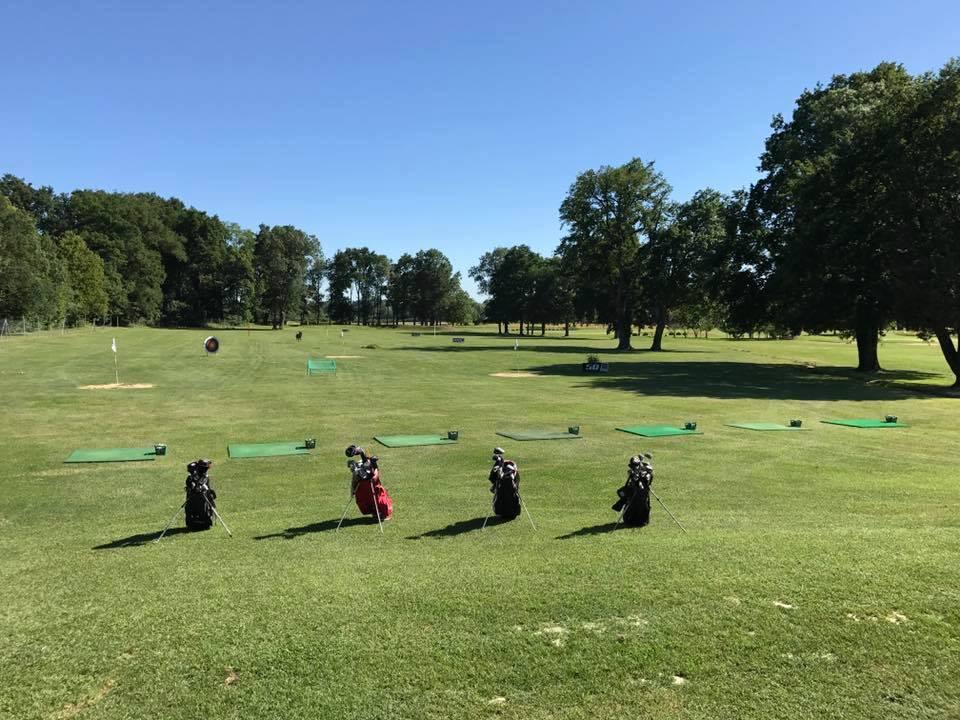 Practice golf de La Commanderie Parcours de golf Auvergne