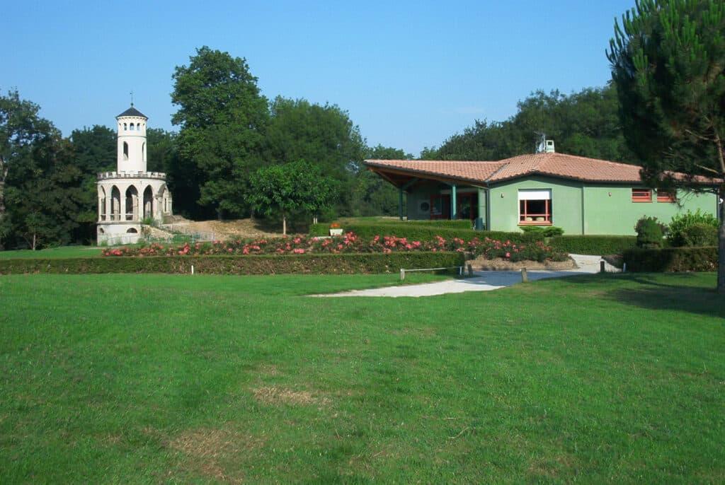 club-house Golf de Castres Gourjade Parcours de golf