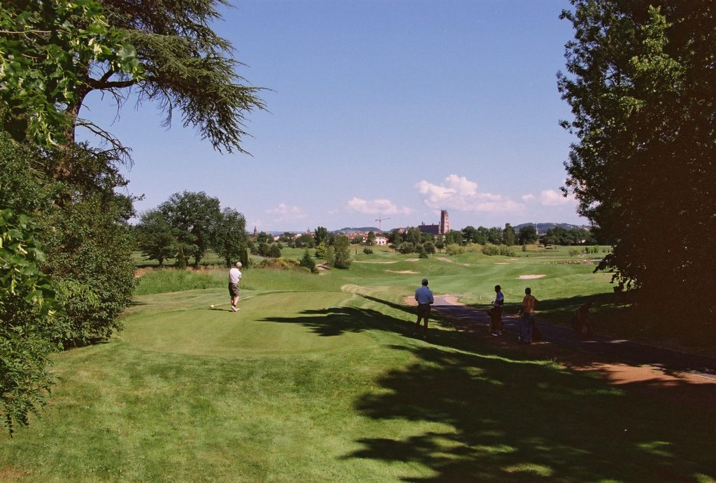 vue sur la Cathédrale d'Albi classée Golf Albi