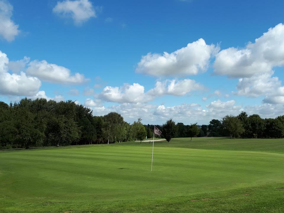 Parcours de golf éte
