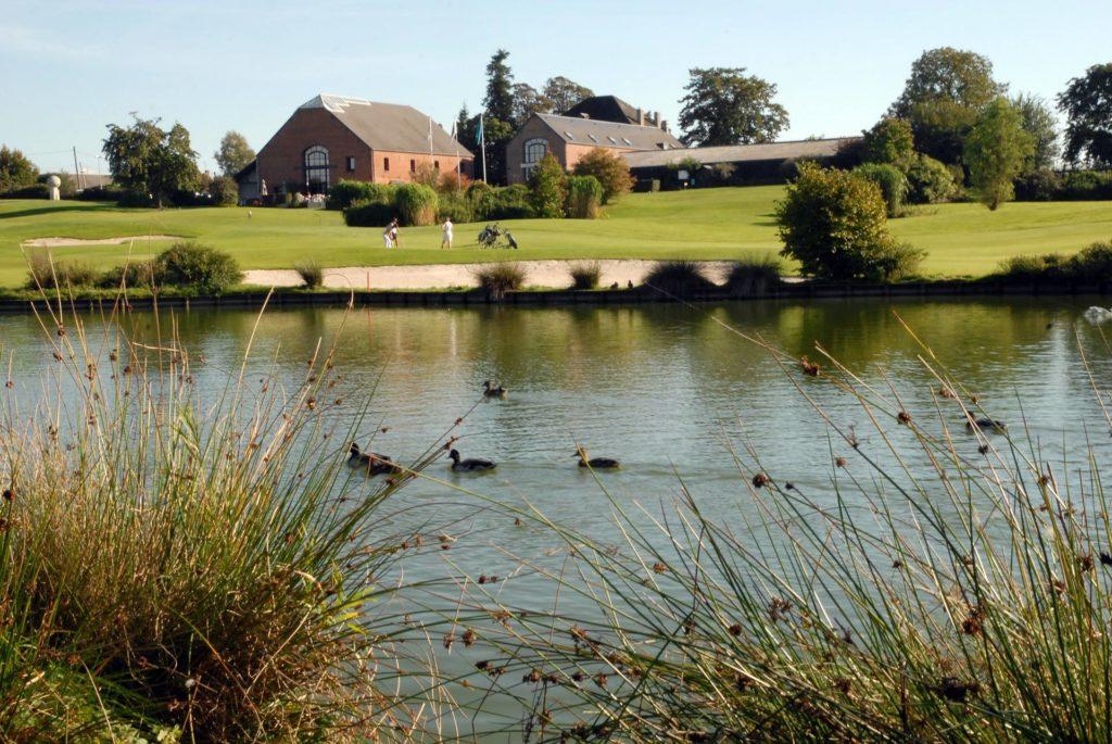 Lac golf Maisons Normal étang club-house