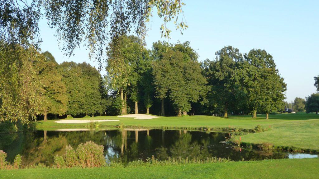 green en ile Golf De Brigode