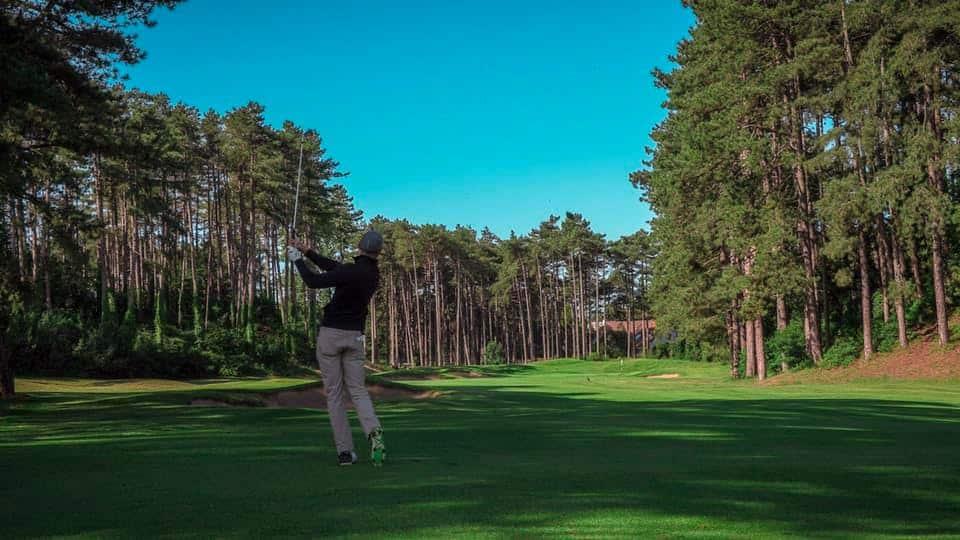 golfeur swing
