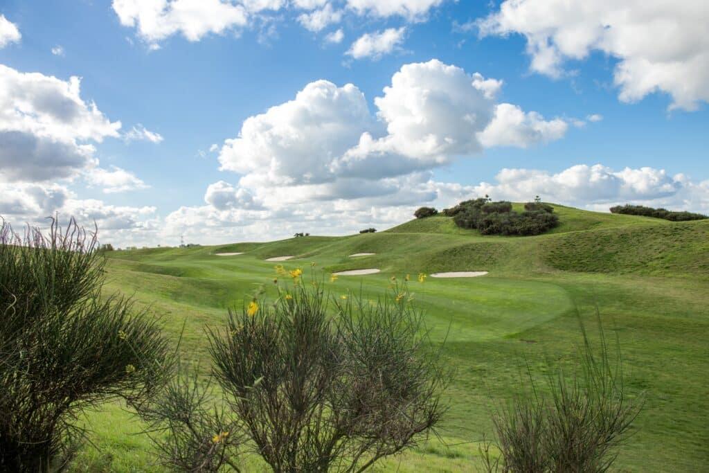 parcours links bunker fairway Merignies Golf Country Club