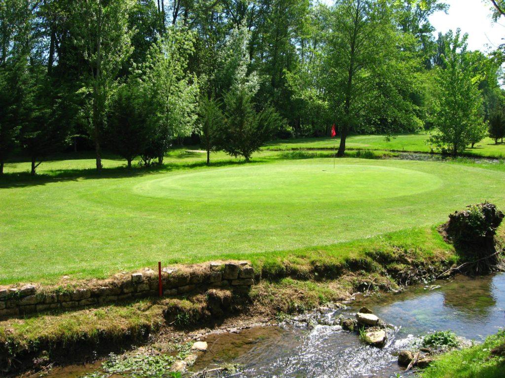 Parcours de golf La Forge Green en île