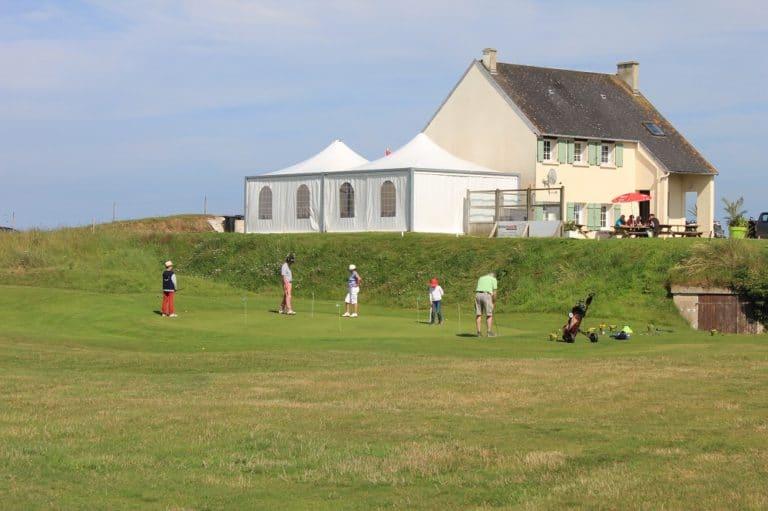 Club-House Putting-Green Golfeurs Golf de la Presqu'île du Cotentin