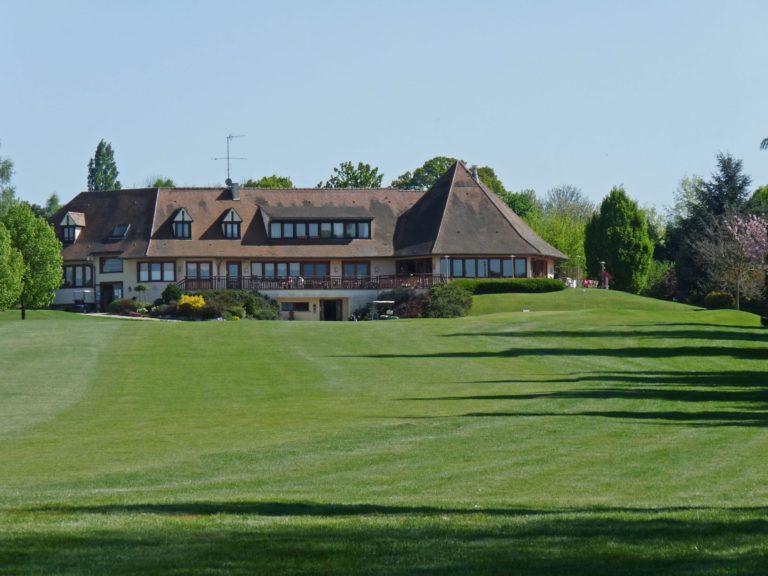 Club-house Golf 18 trous de Meaux Boutigny en Seine-Et-Marne
