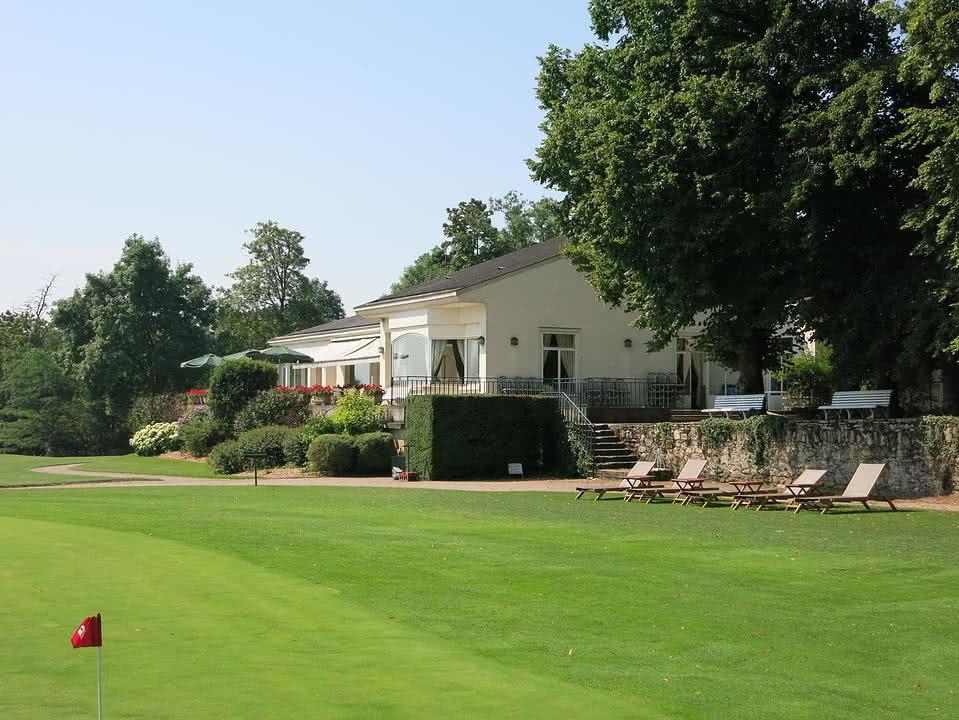 Golf d'Ormesson Club-house