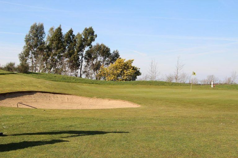 Golf de Tréméreuc 9 holes