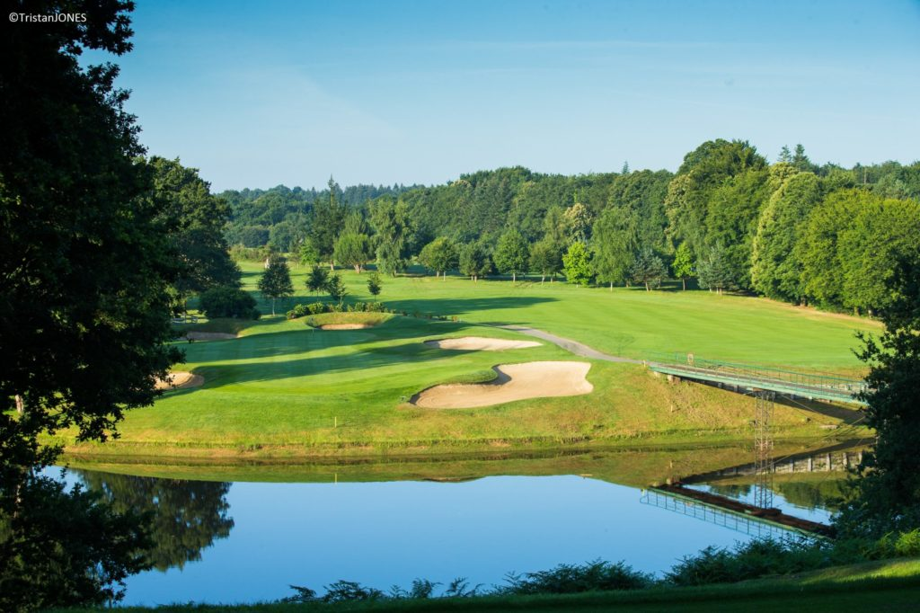 Golf of Saint-Malo aerial view green 18