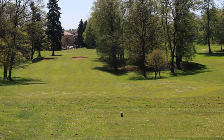GOLF D'AVRAINVILLE Parcours de golf 11 trous