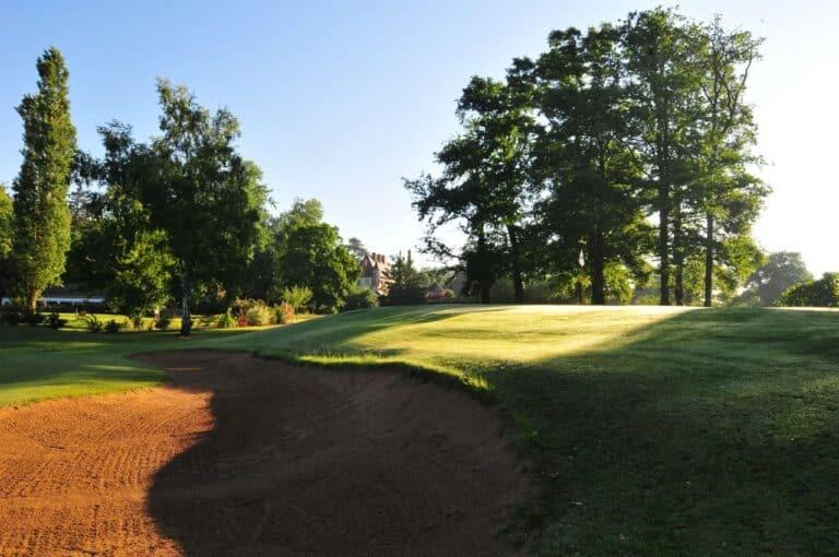 GOLF D'ORLEANS-DONNERY Parcours de golf bunker green