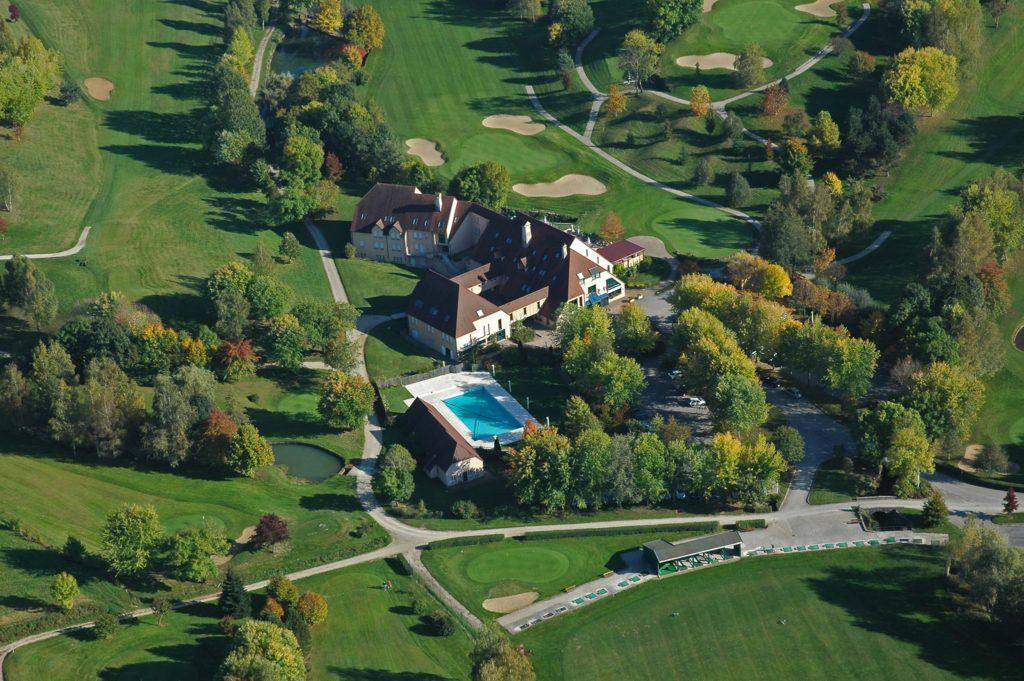 Golf Hôtel*** Resort du Val de Sorne Vue aerienne du parcours