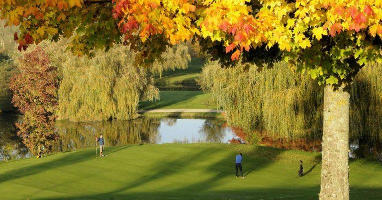 Golf de Bellême Golfeurs green putting