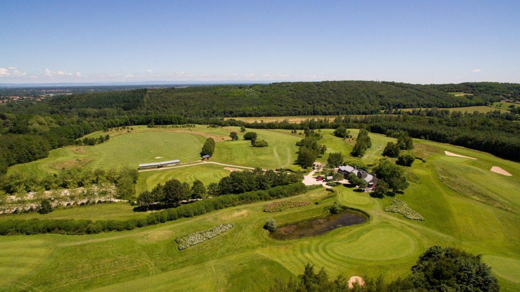 Golf de Mâcon La Salle Vue aerienne du parcours Drone