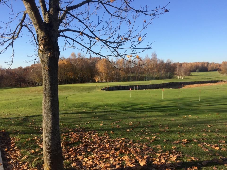 Golf de Mâcon La Salle en Automne Putting Green