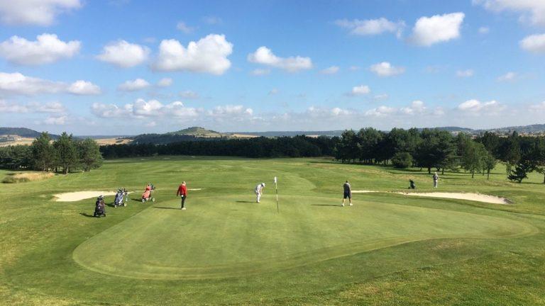 Golf de Nancy Pulnoy ville de Pulnoy Meurthe-et-Moselle, Nancy Partie de golf golfeurs
