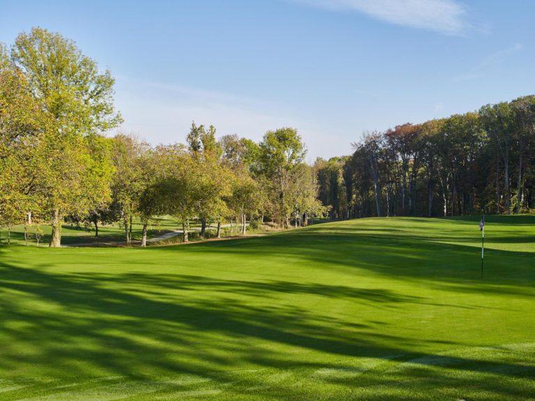 Le Golf Saint Apollinaire Rhin suisse allemande Bâle parcours de golf 45 trous