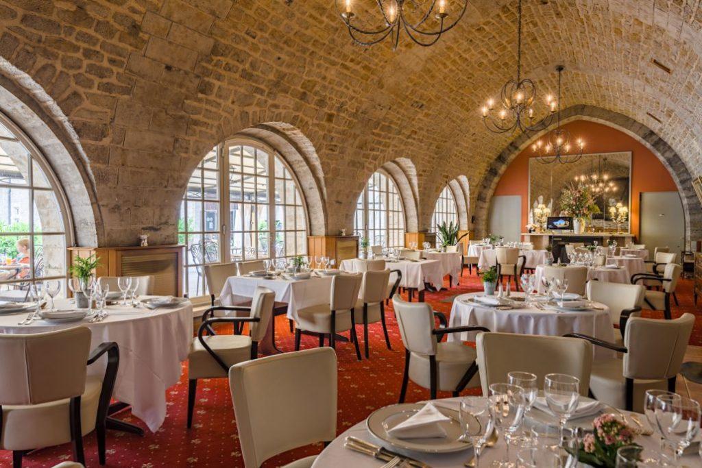 Restaurant le Maugré et Brasserie Louise Golf du château de Bournel