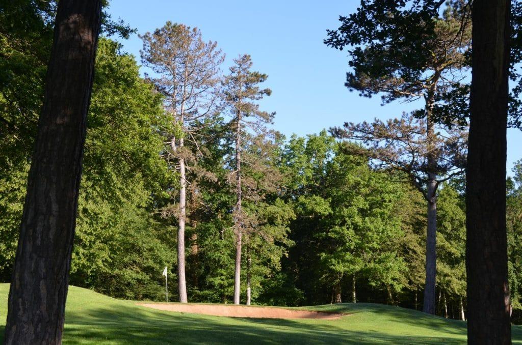 golf dans la forêt Golf de Besançon 18 trous