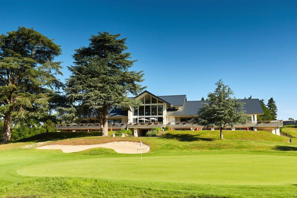terrasse Golf De Tours Ardrée Restaurant du golf St Andrews