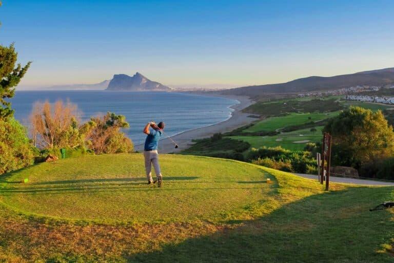 Alcaidesa golf Links Depart sur la mer golfeur
