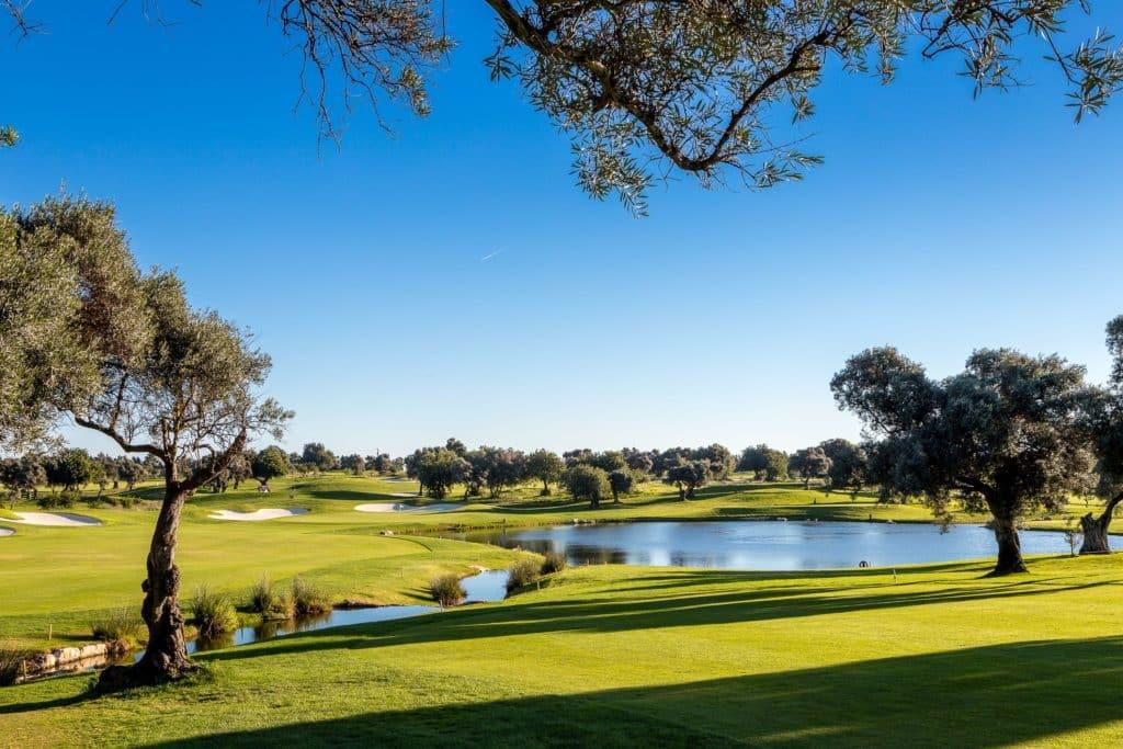 Golf Quinta da Ria Vila Nova de Cacela, Portugal Algarve PAR 3 PAR 4 PAR 5 jouer golf lac