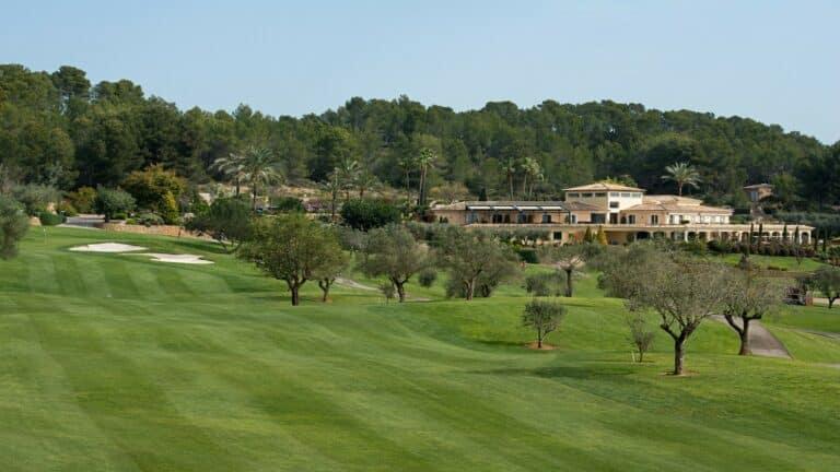 Golf Son Muntaner Club-house vacances golf sejour voyage Majorque mallorca Espagne jouer golf