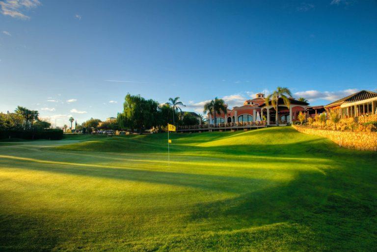 Gramacho – Pestana Resort Lagoa, Portugal Sejour vacances week-end golf Club-house green 18