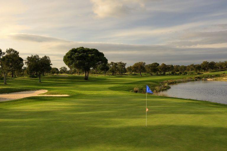 Ribagolfe guide des golfs Portugal Le coin golf