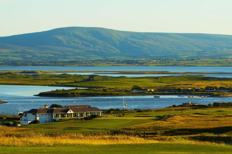 County Sligo Golf Club Parcours de golf Club-House