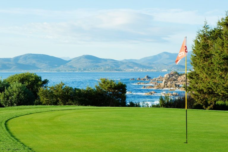 Golf Club Puntaldia Vacances hotel golf Italie Sardaigne