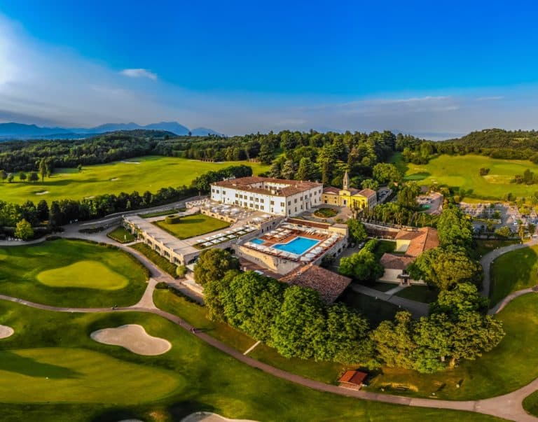 Golf Italy Golf courses golf courses golf guide all the golf courses golf holidays holidays weekend travel Hotel