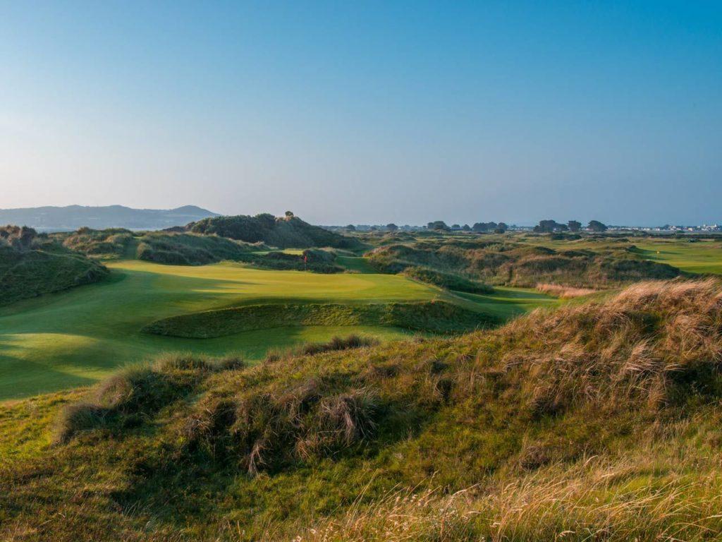 Portmarnock Hotel and Golf Links Irlande rough epais green fairway bunker