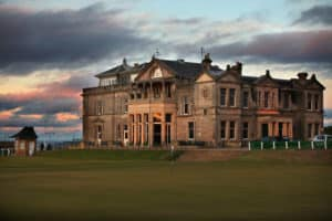 golf de St Andrews - The Old Course Club-House green du 18