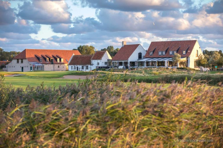 Golf Club de Coxyde – Koksijde Golf ter Hille Clubhouse green du 18